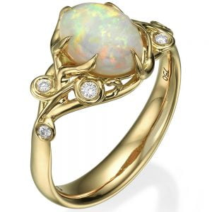 Australian Opal Ring Yellow Gold